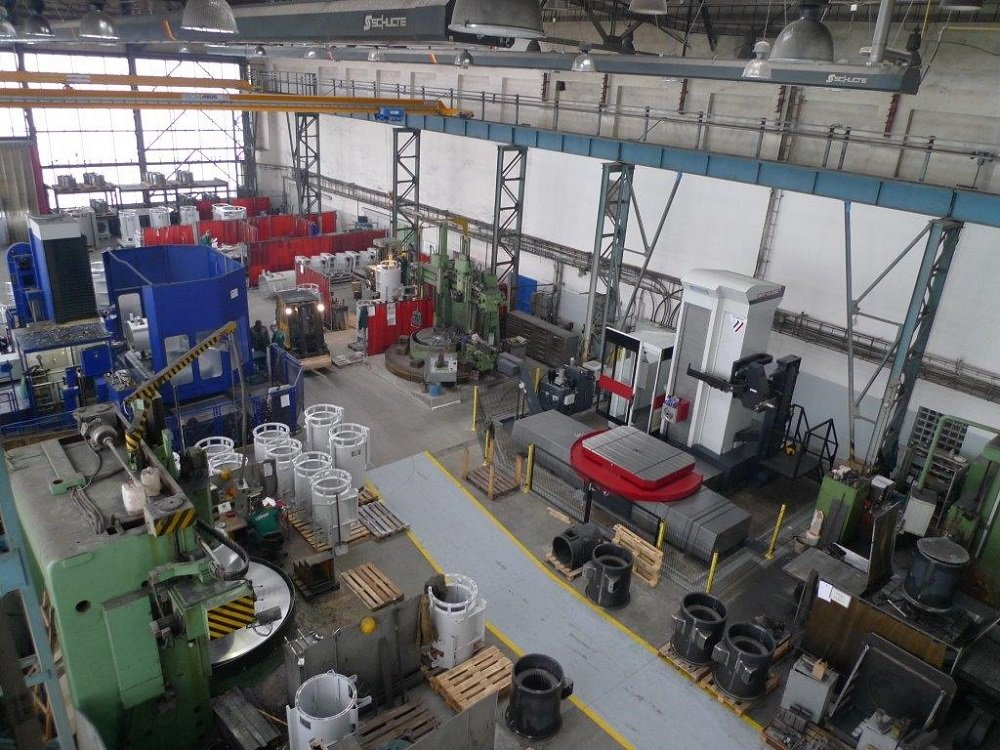 Large machining shop